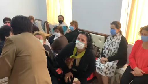 Greva e urisë në Ballsh në ditën e 18/ Qeveria ngre duart, përkeqësohet gjendja e grevistëve